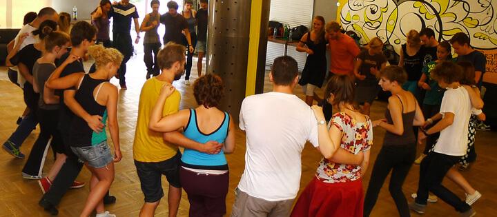 Warsztaty wprowadzające Lindy Hop Intro w Warszawie