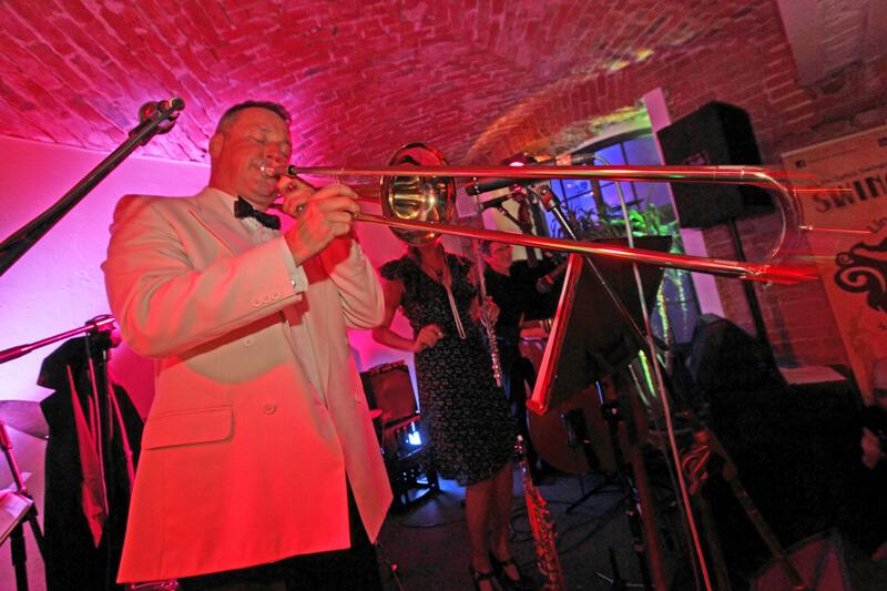 Mark Shephers Swing Quartet with Joanna Morea na WLHX